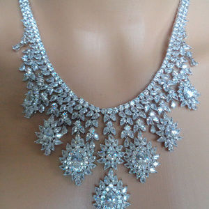 18 K WHIT GOLD OVER PREMIUM QUALITY CZ NECKLACE